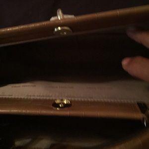 514ed4136482 Michael Kors Bags - Authentic Michael Kors Gramercy Frame Bag